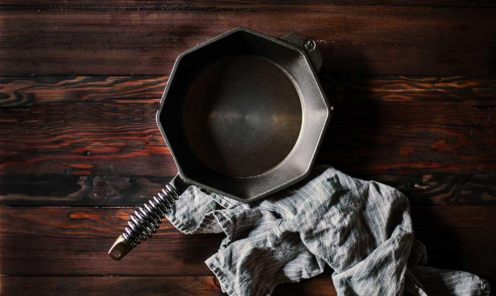 FINEX Brand Assets - No. 8 Skillet on Wood with Cloth